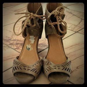 NEW faux suede wedge sandals with lace-up front